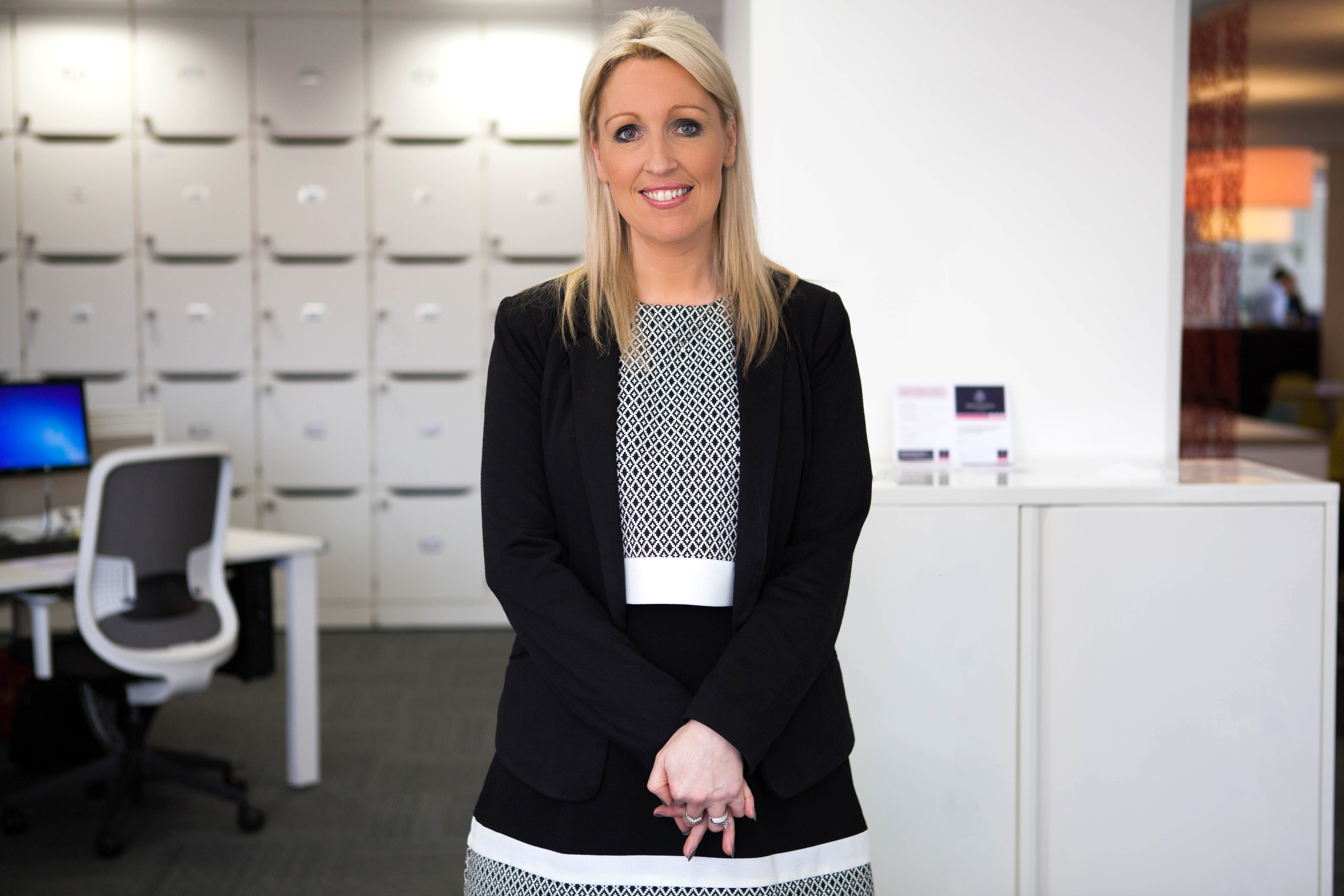 The Female Business Owner's Modern Approach to Banking